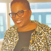 MogulMoxie Maven: Dr. Stephanie Burroughs